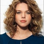 Best Haircut For Thick Frizzy Hair Get It Trimmed Just Like Your Hairstyles For Wavy Curly Hair