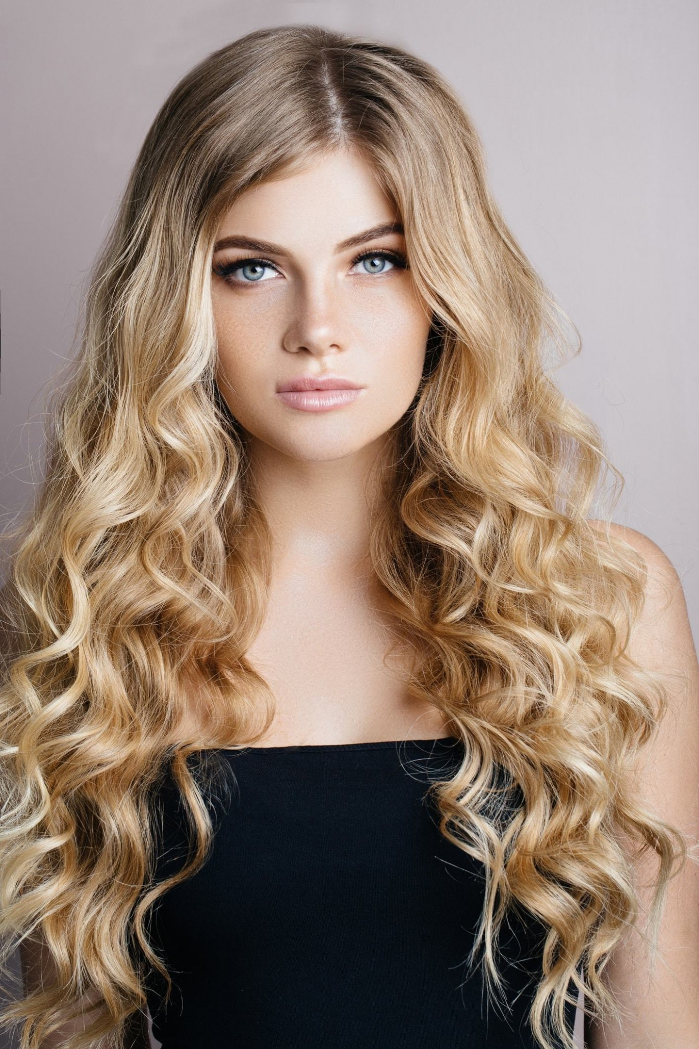 Blonde Curly Hair Looks For 9 All Things Hair US Blonde Hair Curly