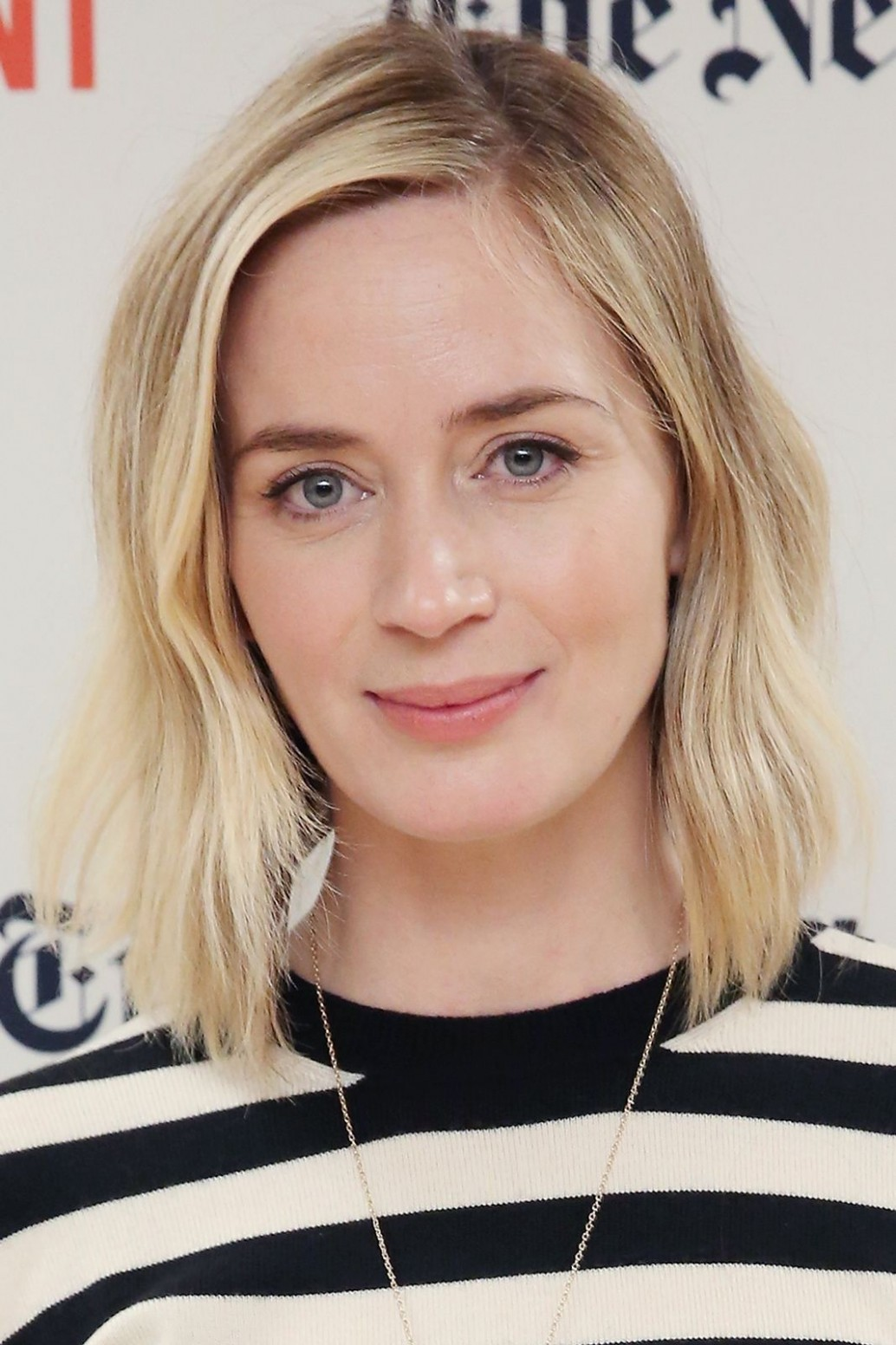 Celebrities That Transformed Their Look With Hair Dye In 8 Emily Blunt Haircut