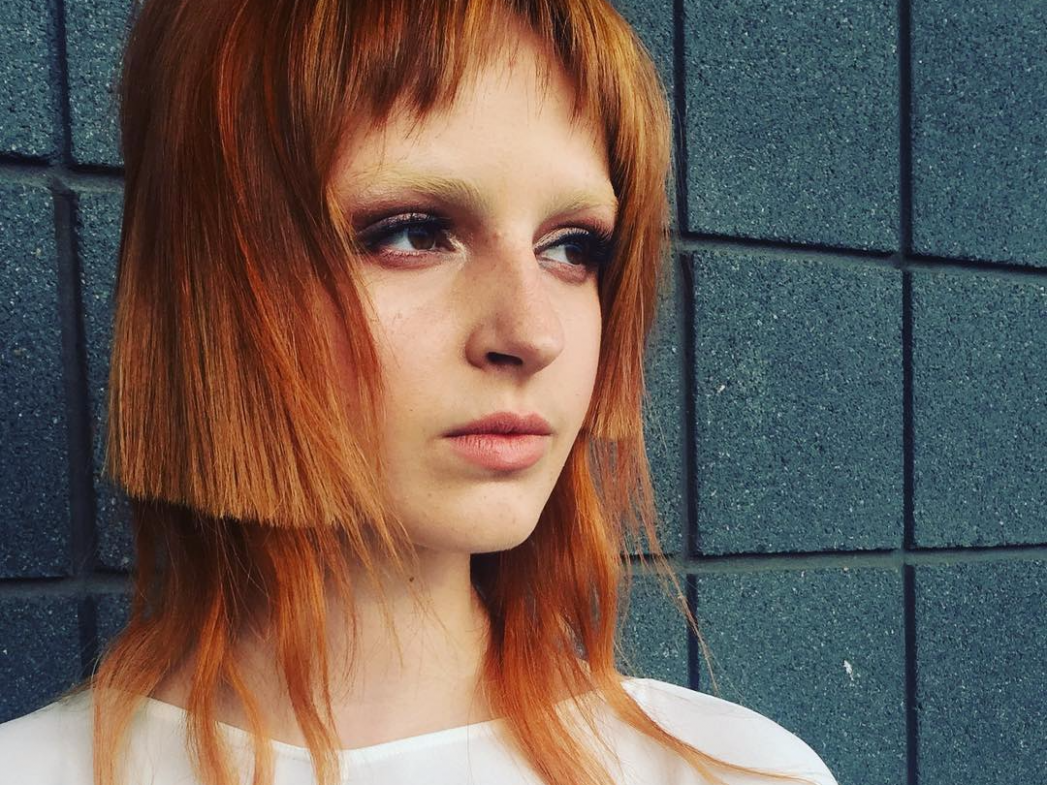 Controversial Bob Haircut With Extensions Has The Internet Divided Long But Short Hair