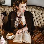 Curly 8s Hair Easy Photo Tutorial For A Vintage 8s Hairstyle 1940S Curls