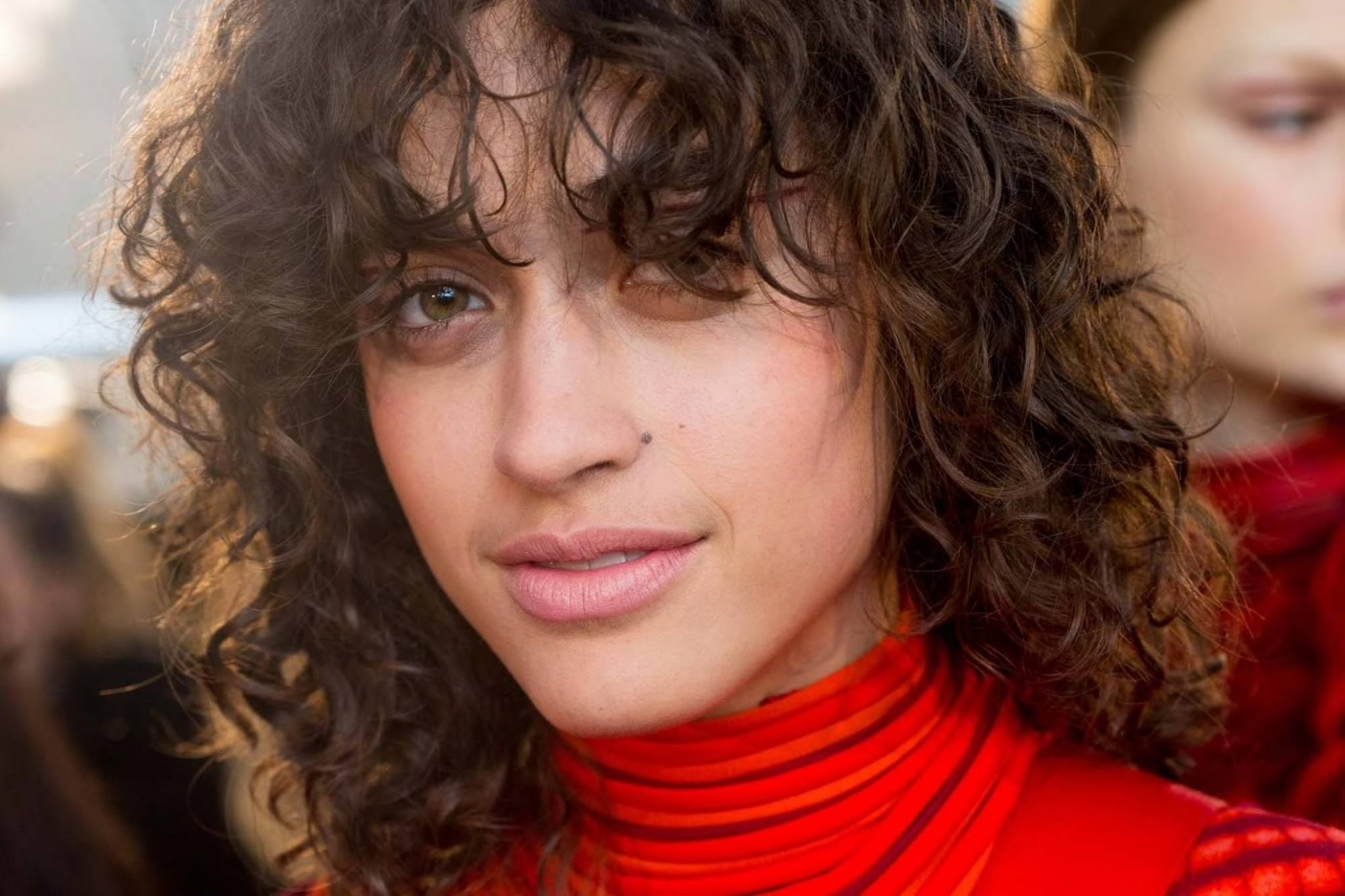 Curly Hair Bangs: 11 Trendy Hairstyle Ideas And Styling Tips Curly Fringe Bangs