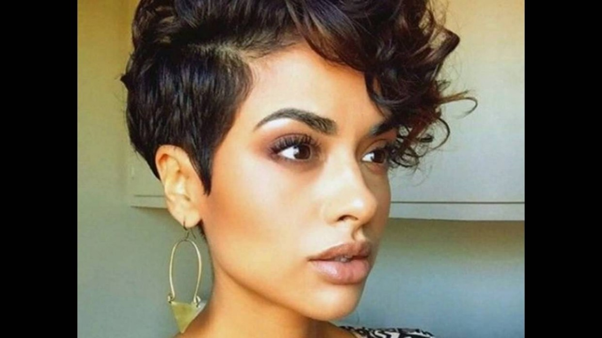Cute And Curly Short Hair With Big Top And Short Sides Long On Top Short On Sides Womens Haircut