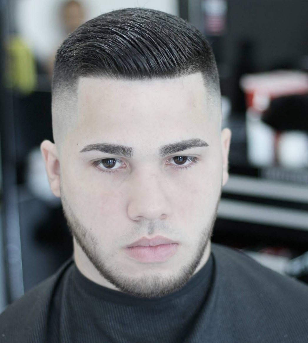 Double Parted Haircuts for Round Face  Hairstyles for round faces