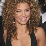 Face #hair #Hairstyle #Simple #Wavy Hairstyle Round Face Wavy Hair Curly Hair For Round Face