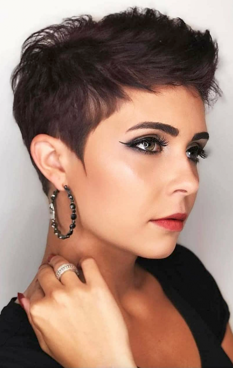 Fall And Renewal: Seven (Lucky) Short Hairstyles To Get Rid Of Bad Bad Pixie Cut