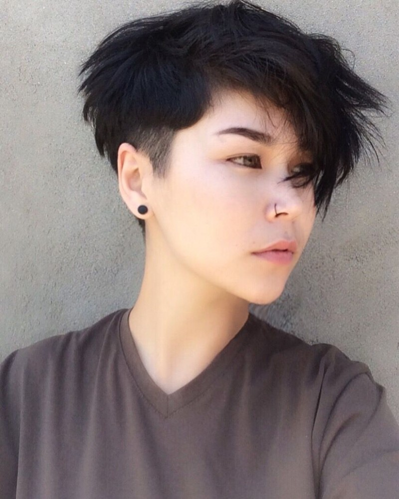 Ftm Haircut Round Face Ftm Haircut In 10 Short Hair Styles Androgynous Haircuts For Round Faces