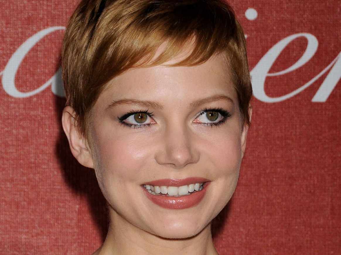 Haircut For Small Face: Best Hairstyles For A Small Forehead And Short Forehead Hairstyles