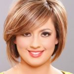 Hairstyle Pic: Top 11 Flattering Hairstyles For Round Faces Haircuts For Round Fat Faces
