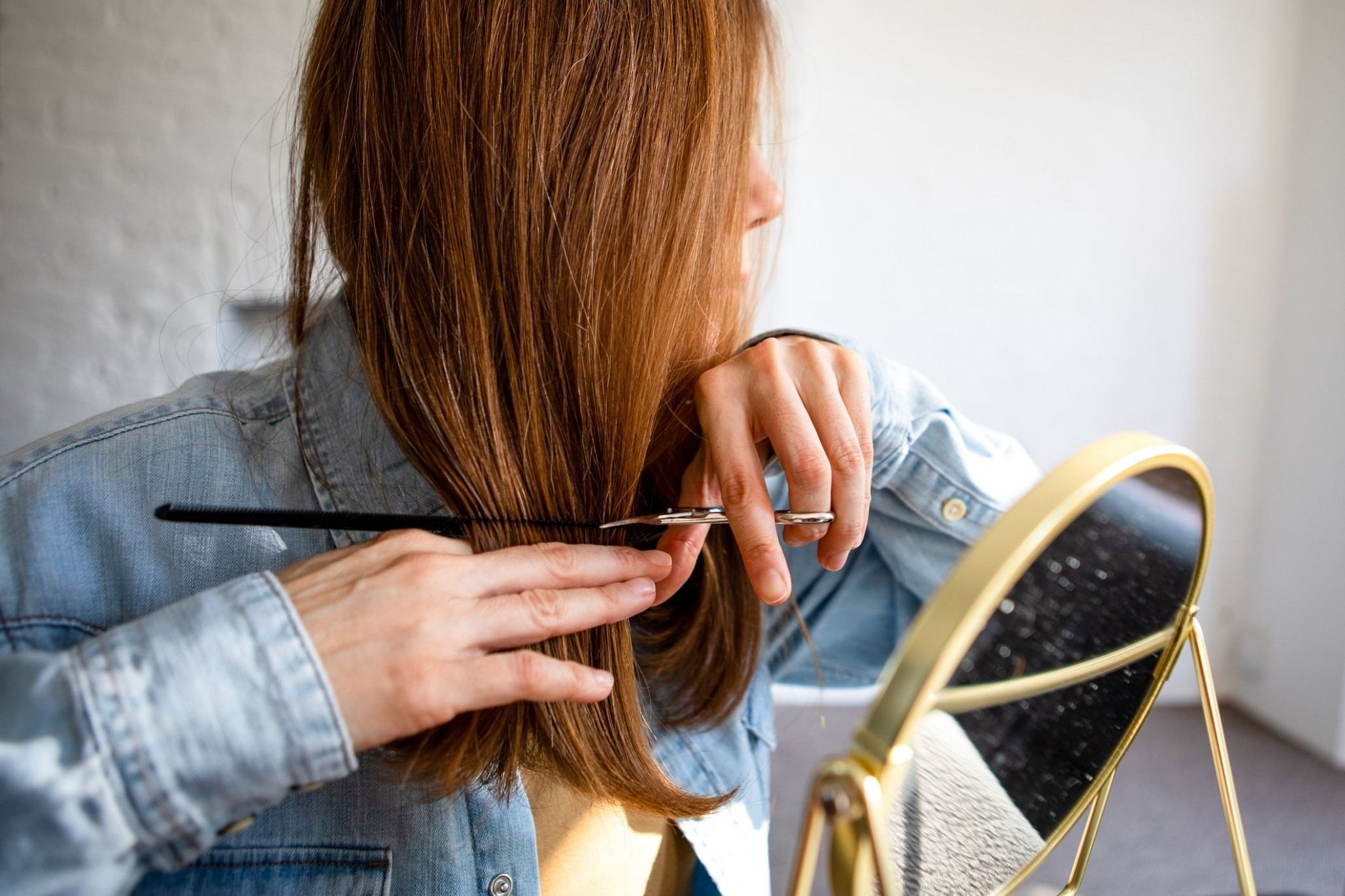 How To Cut Your Own Hair At Home During Lockdown – An Expert Guide Cutting Long Hair