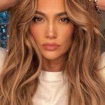 Invisible Layers' Hair Trend Gives You Instant Cheekbones Glamour UK Face Frame Haircuts For Long Hair
