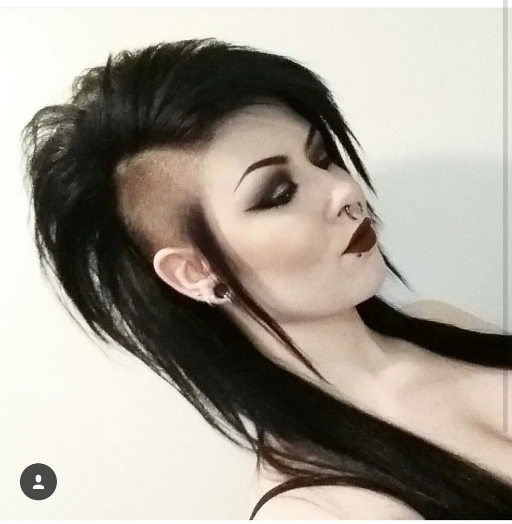 Long Hair Shaved Sides Long Mohawk Gothic Punk Hairstyles Long Mohawk