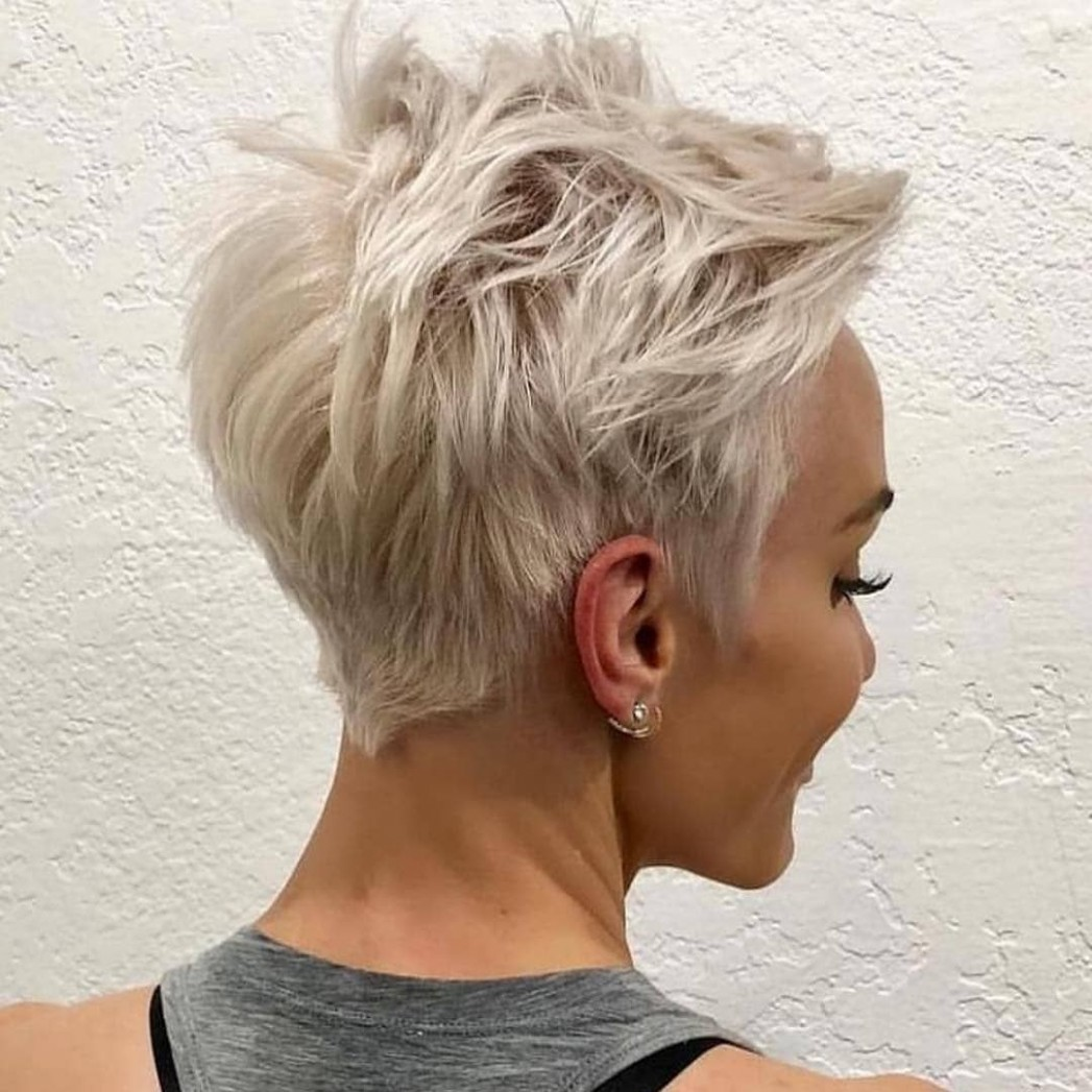 Messy Short Pixie Haircut, Very Short Hair Styles For Female Blonde Pixie Cut