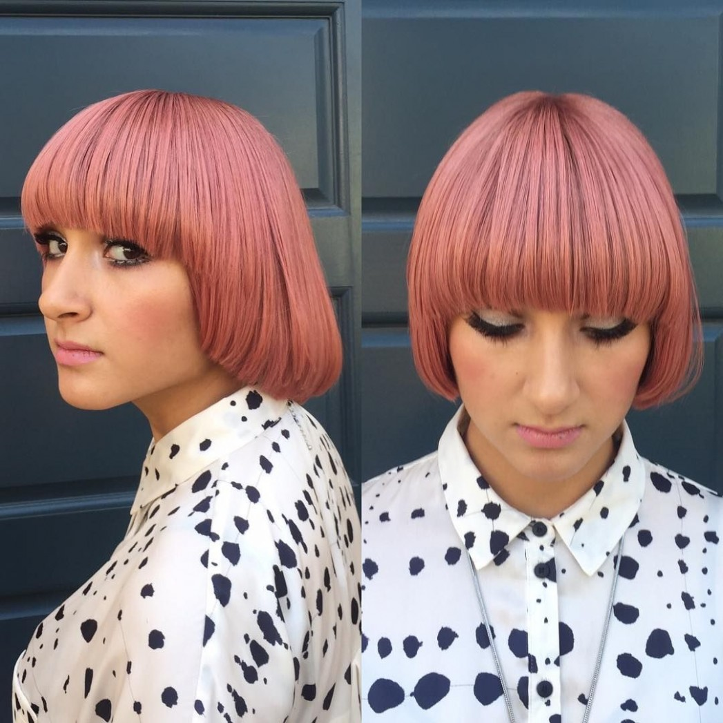 Modern Page Boy Bob With Rosy Pink Color The Latest Hairstyles Pageboy Bob