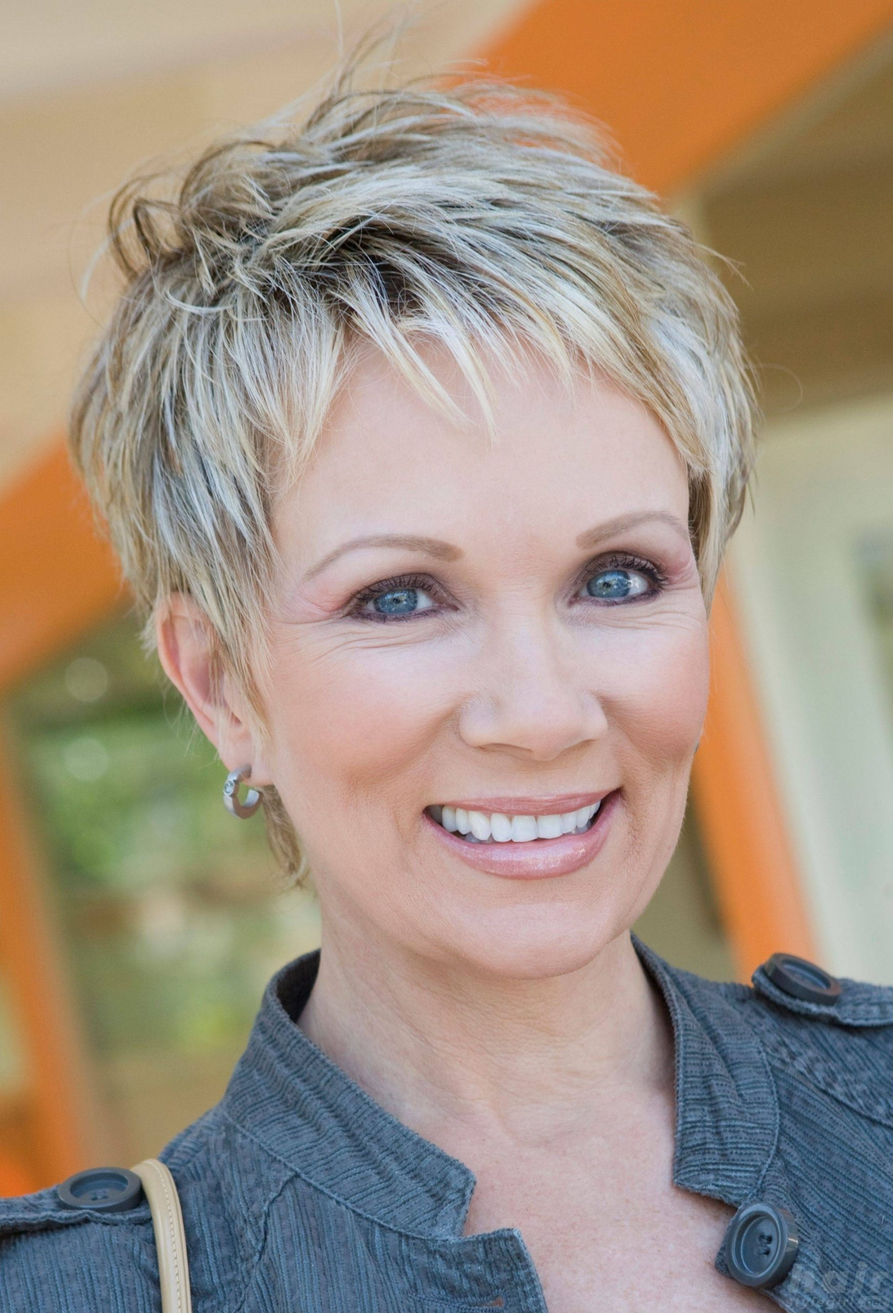Most Flattering Hairstyles For Older Women Hair Style Easy Hairstyles For Older Women