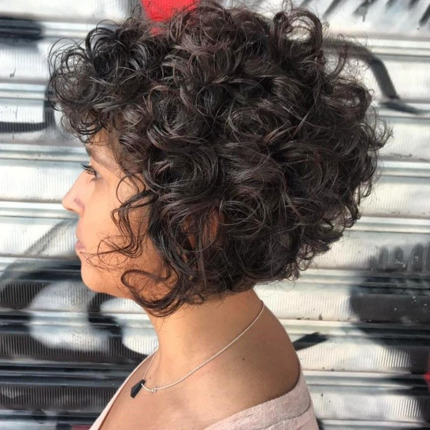 Pin On Hair Styles Inverted Bob Curly Hair