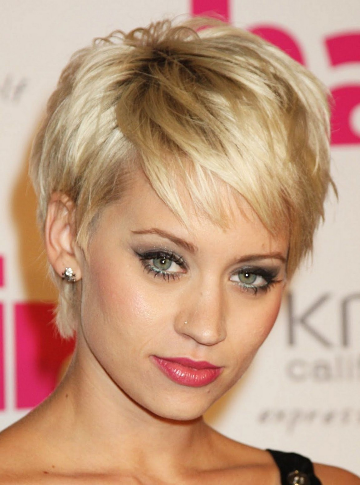 Pin On Hair Styles Short Hairstyles For Thick Hair And Oval Face