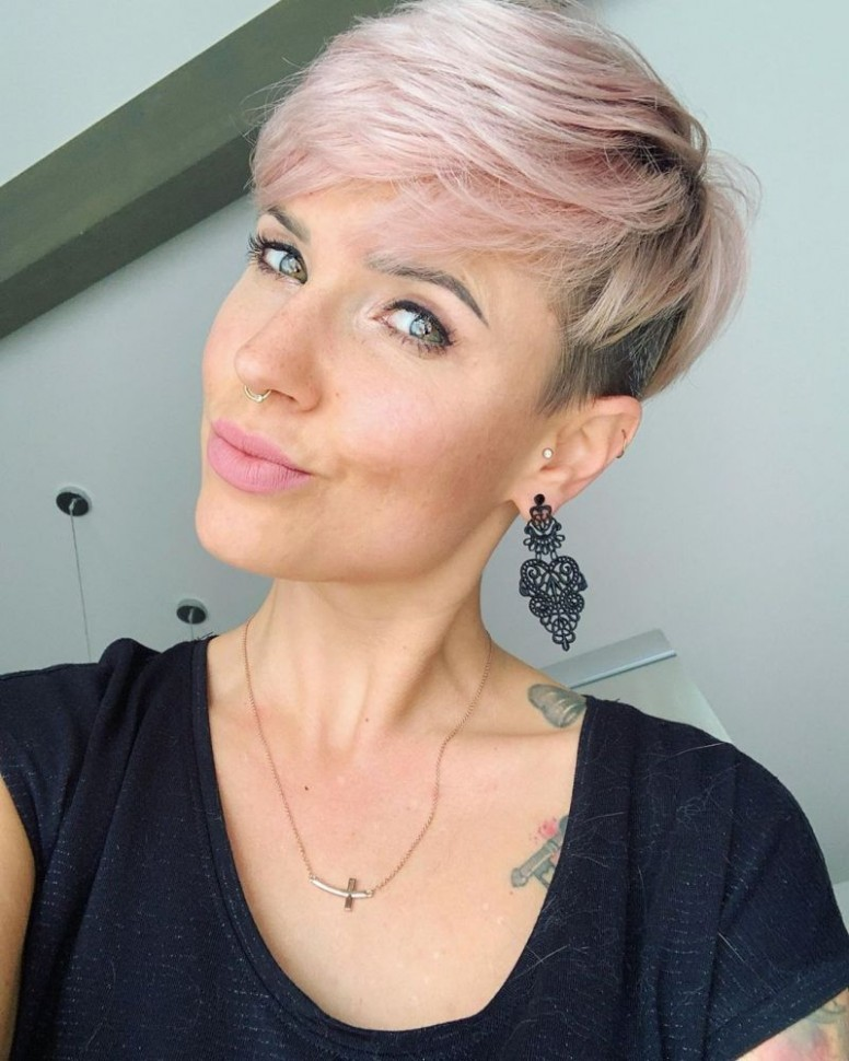 Pin On HAIR THAT FLATTERS Best Pixie Cuts 2021
