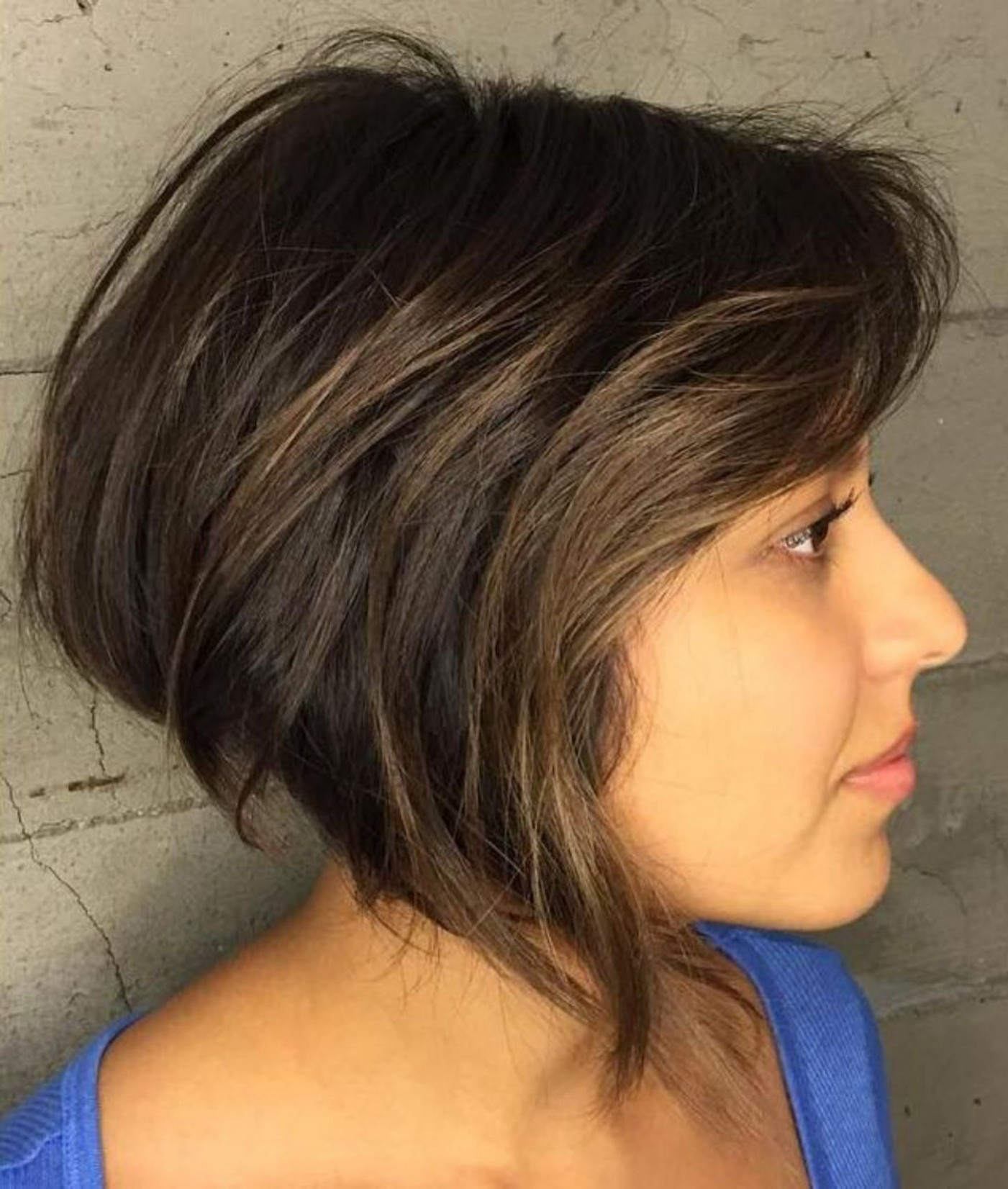 Pin On Haircuts 11 A Line Haircut For Round Face