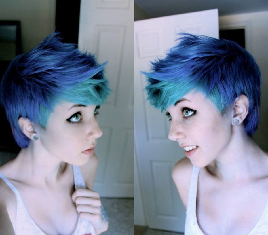 Pin On Hairstyles/ Make Up Dyed Pixie Cut