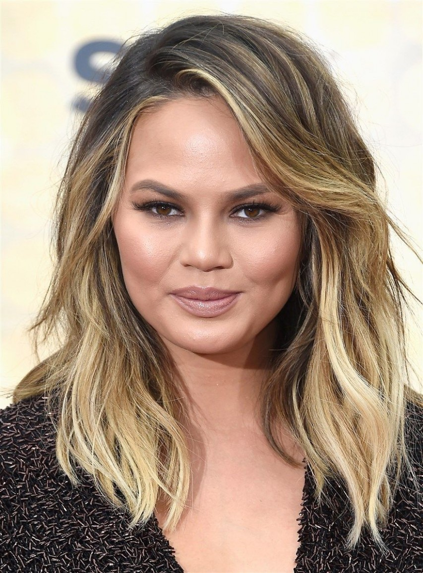 Pin On Style Long Hairstyles For Fat Faces