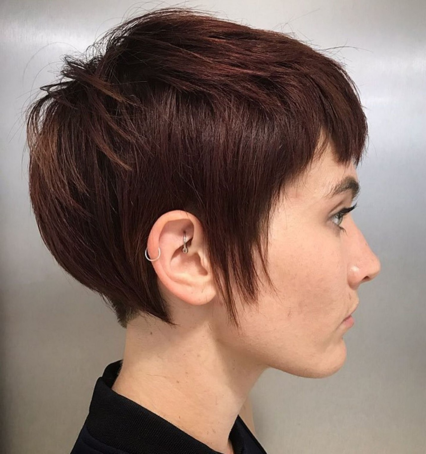 Pixie Haircuts With Bangs 12 Terrific Tapers Haircuts With Auburn Pixie Cut