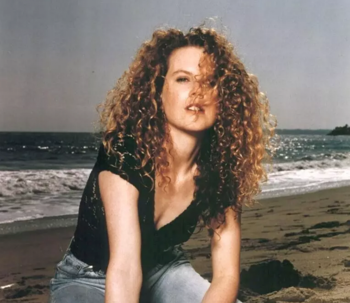 Popular '11s Hairstyles We Can't Believe People Actually Wore 80S Curly Hairstyles