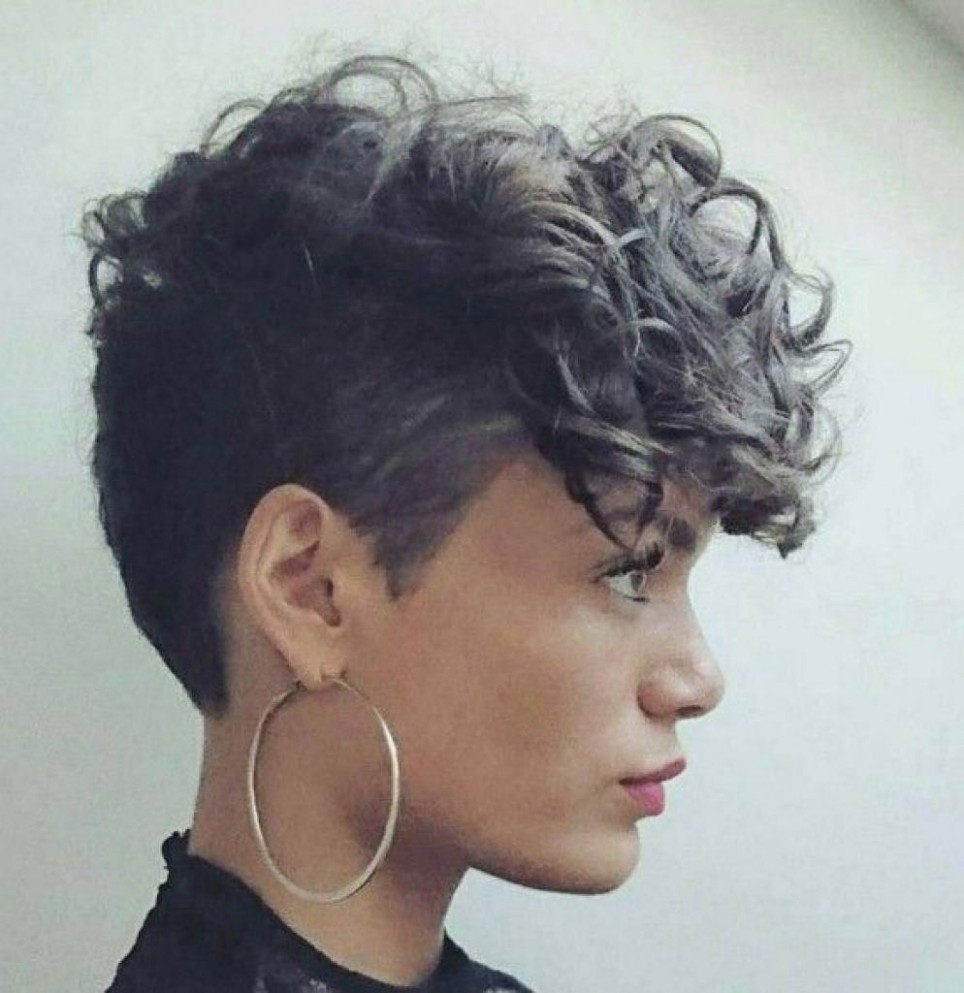 Short Curly Hairstyles With Shaved Side Modern HairStyle Shaved Curly Hairstyles