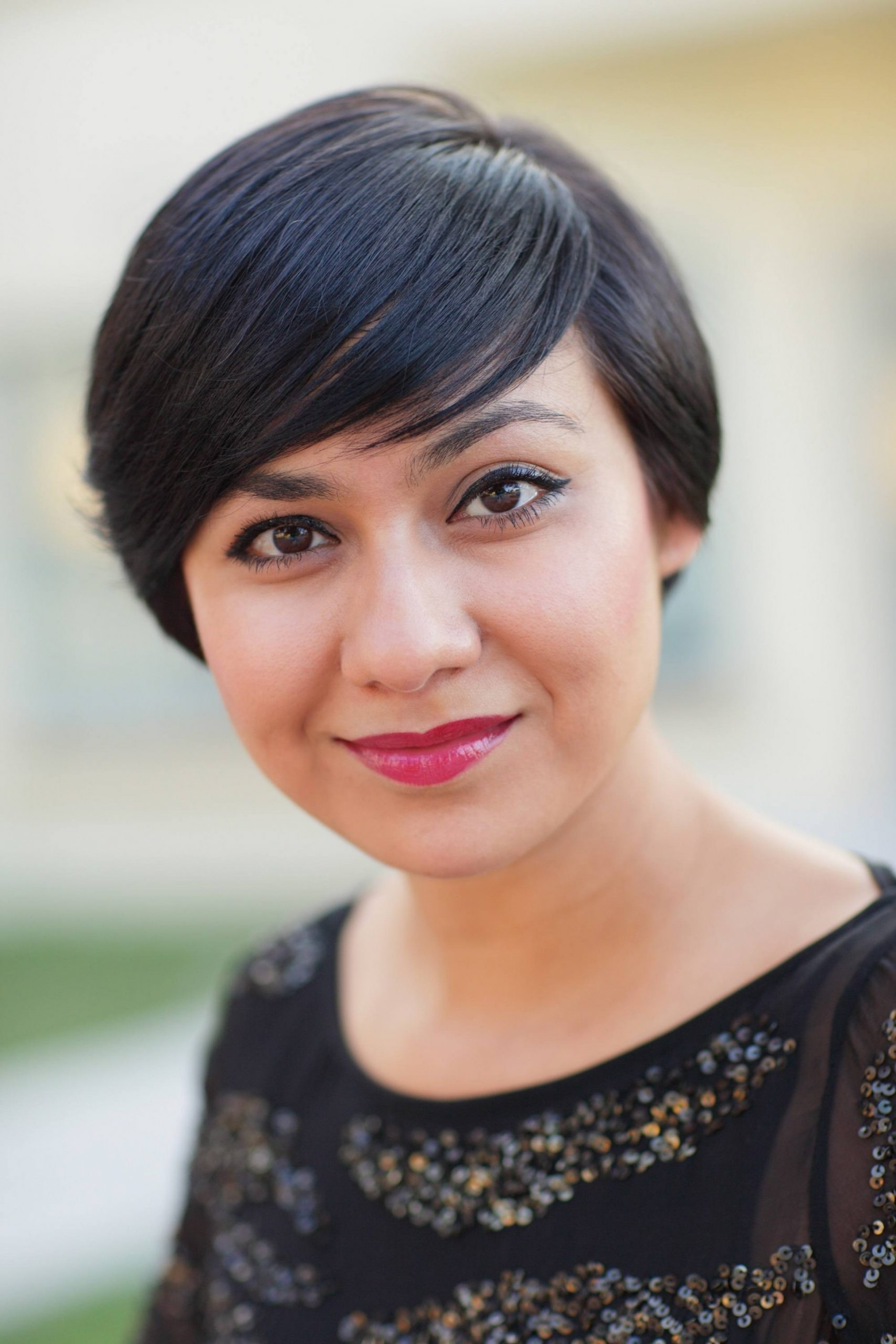 Short Hair for Round Face: 8 Stylish Ideas for 8!
