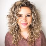 Short Hairstyles Curly Shoulder Length #womenhairstyles Medium Medium Curly Hair
