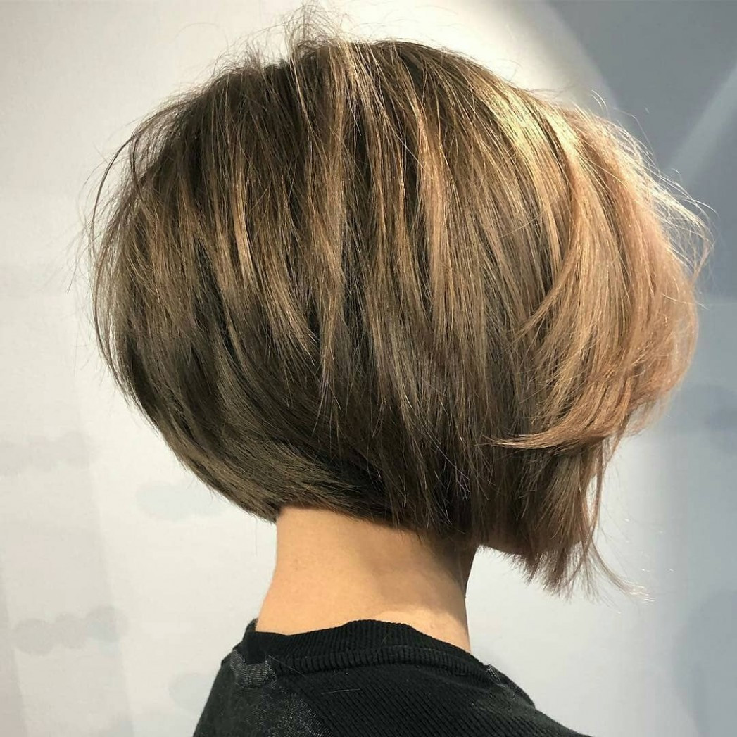 Simple Short Straight Bob Haircut - Women Short Hairstyle for