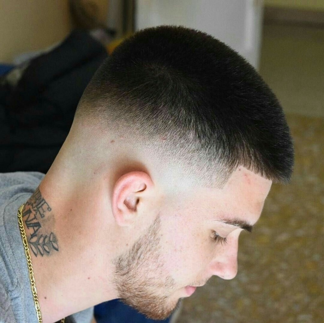 Stylish Short Fade Haircut For Men 9 Glamisse