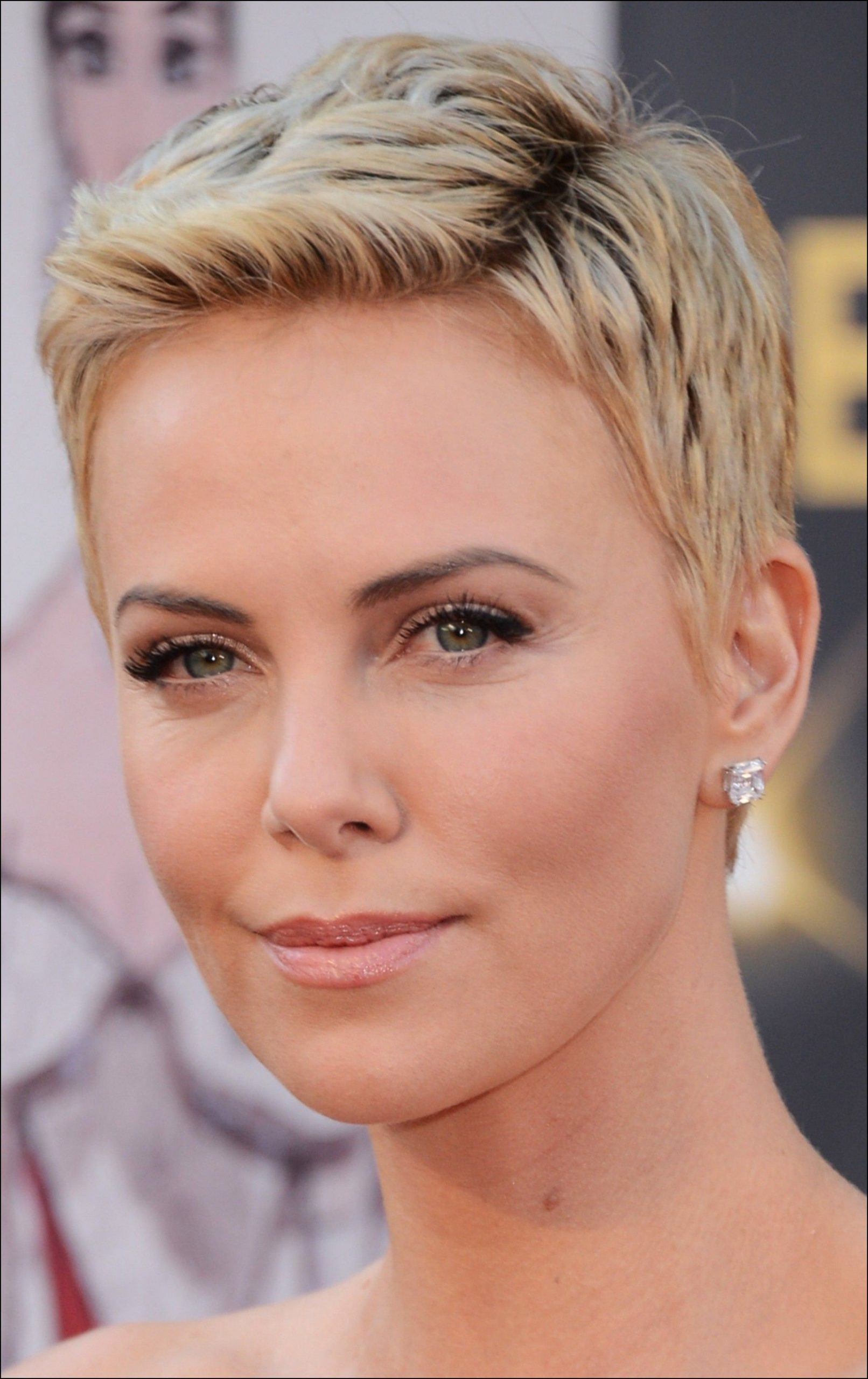 Super Short Pixie Haircuts for Round Faces  Oval face hairstyles