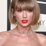 Taylor Swift Debuts An Anna Wintour Bob At The Grammy Awards Anna Wintour Haircut