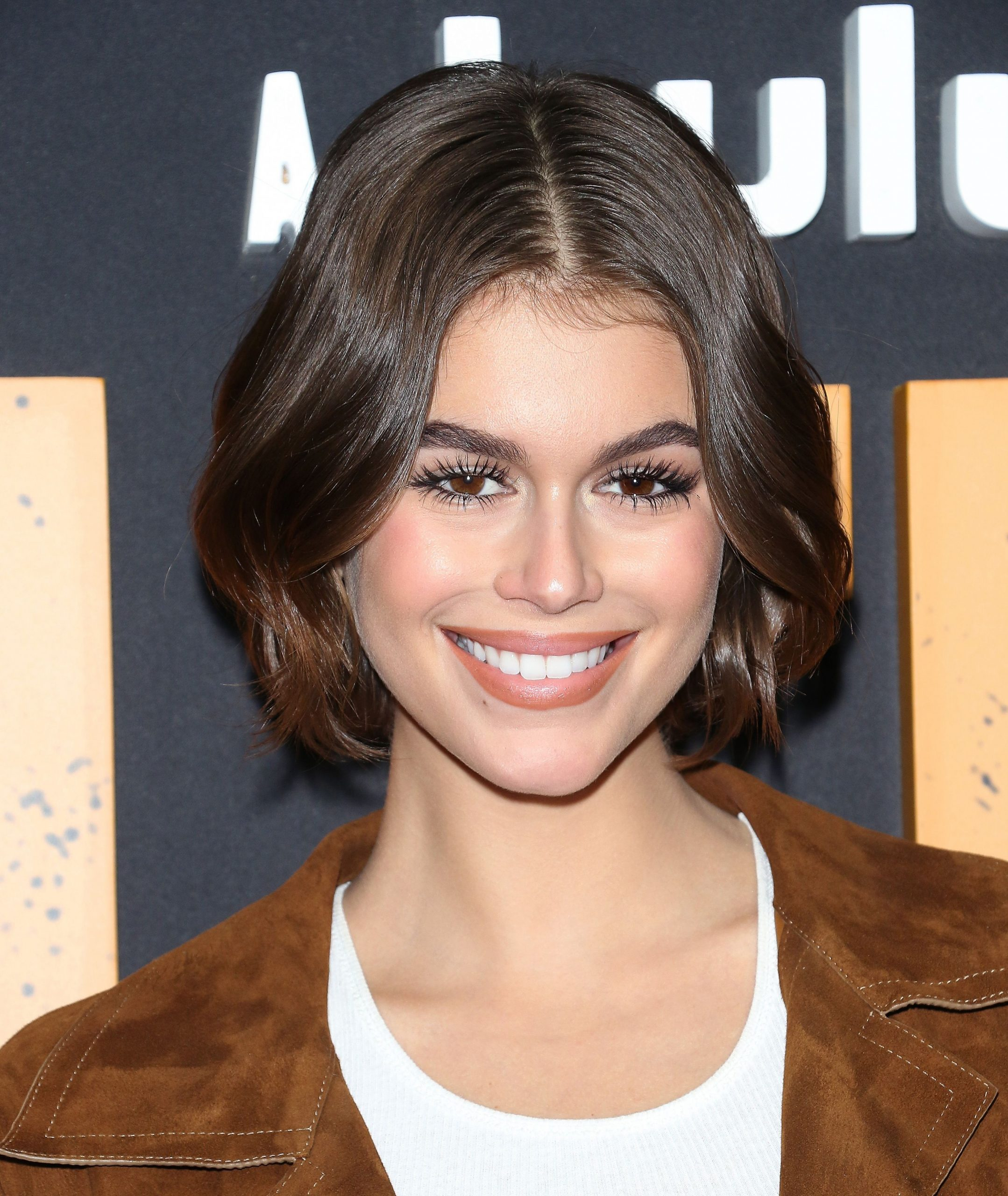 The 12 Best Short Hairstyles For Thick Hair Best Haircut For Thick Frizzy Hair