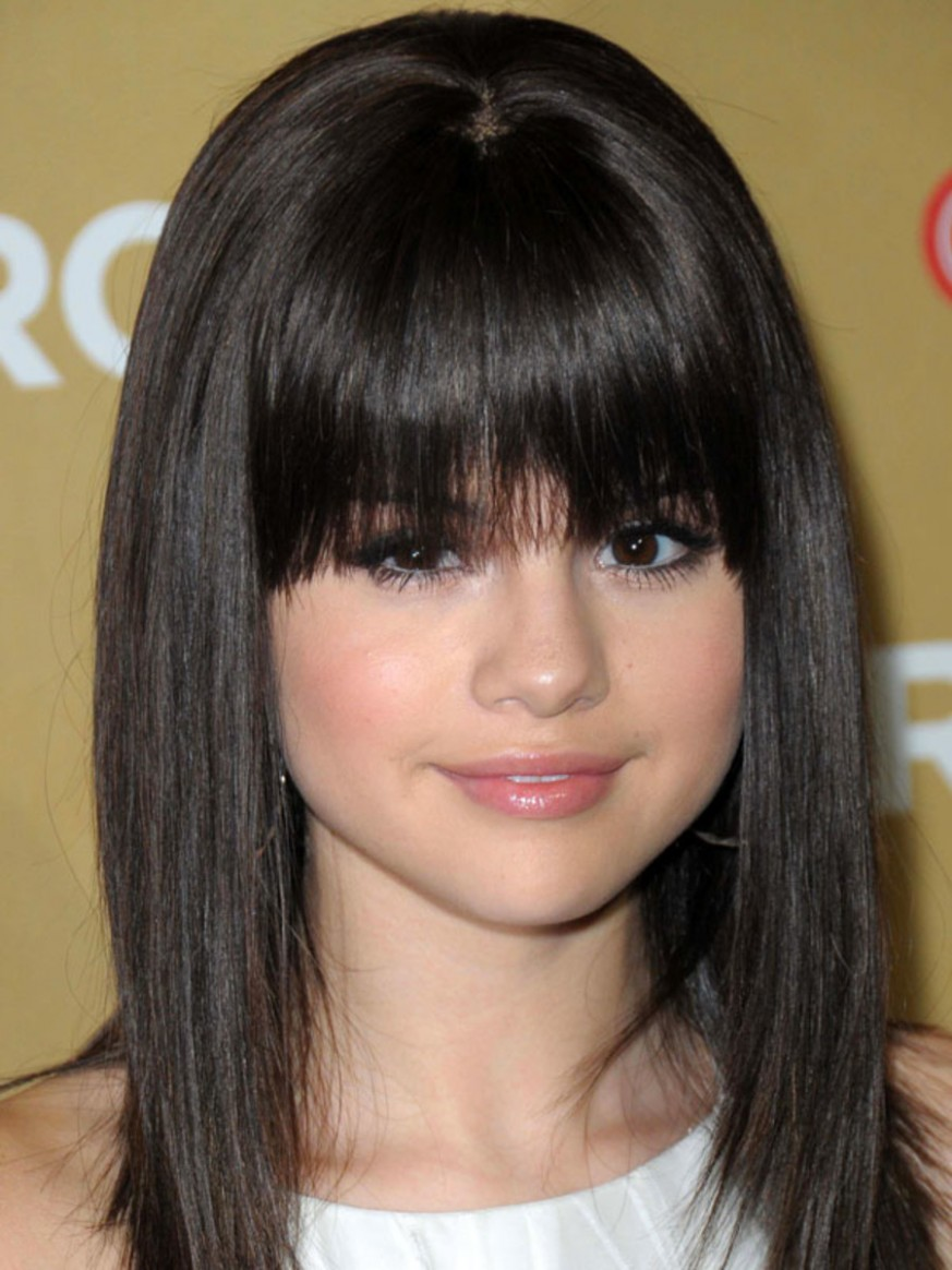The Best (and Worst) Bangs For Round Face Shapes The Skincare Edit Front Haircut For Round Face