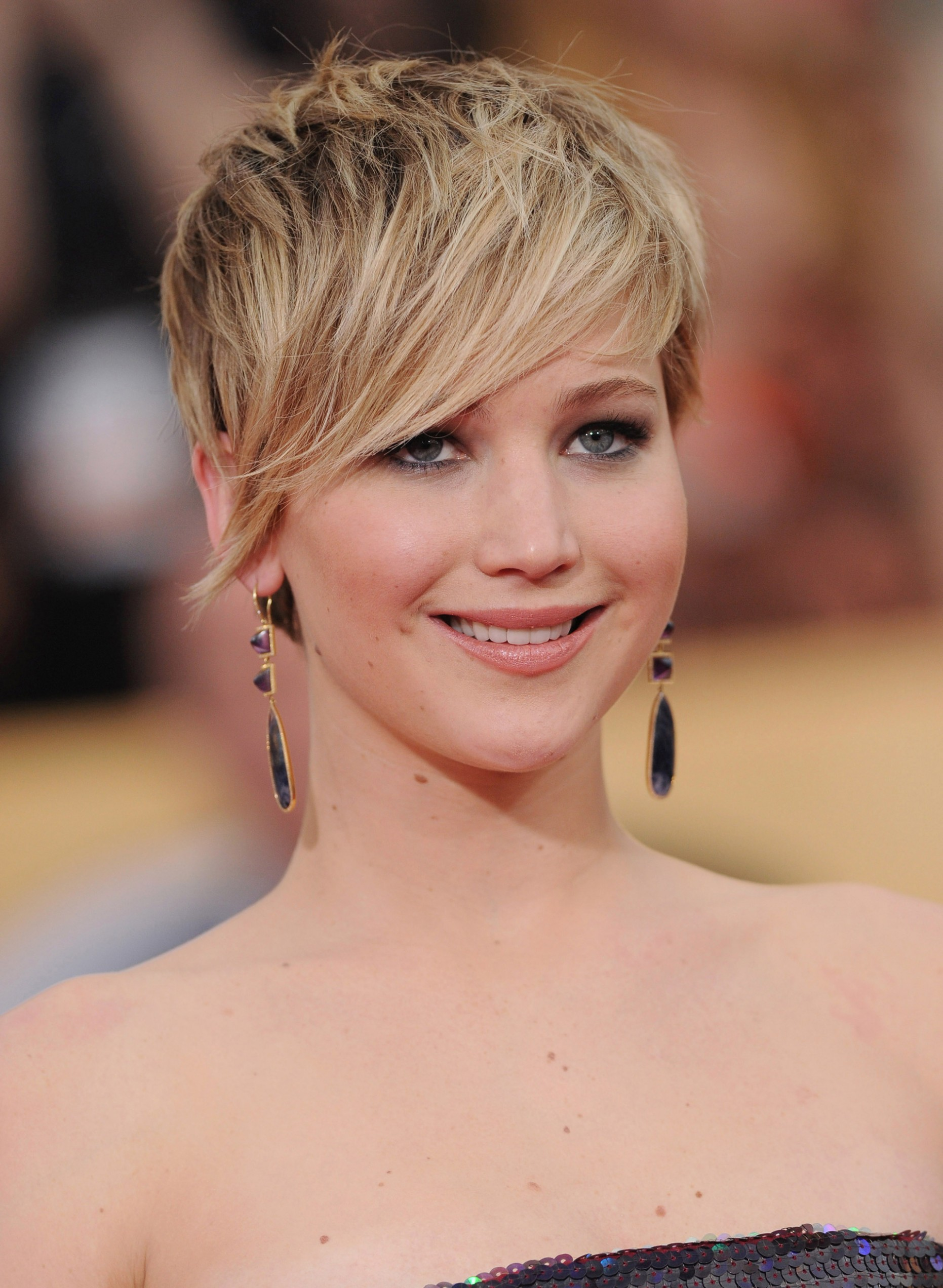 The Right Pixie Cut For Your Face Shape – SheKnows Pixie Cut For Heart Shaped Face