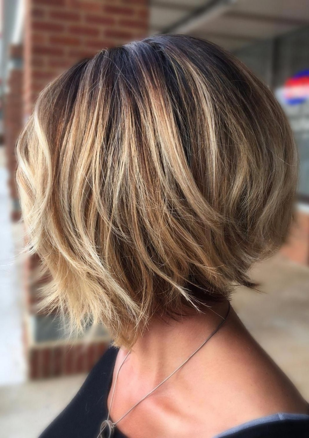 These Layered Bob Hairstyles Are Fabulous