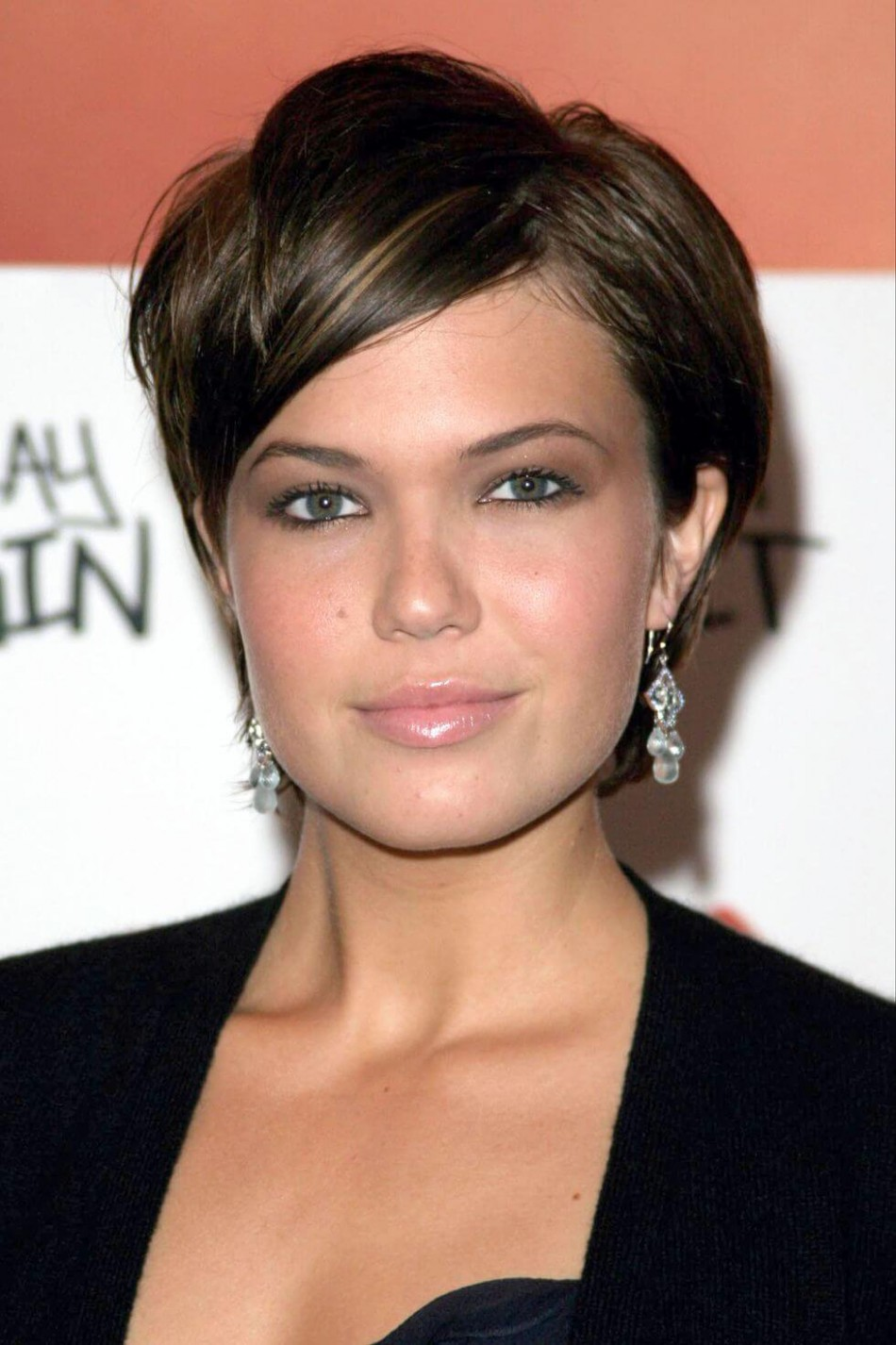 Very Short Pixie Haircuts for Round Faces - 11+