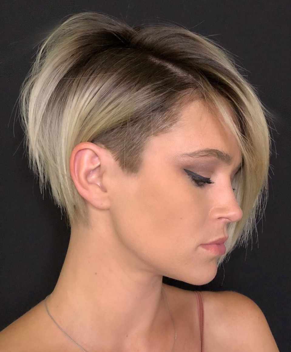 What Is The Best Haircut For A Long Neck? Hair Adviser In 12 Hairstyles For Long Necks